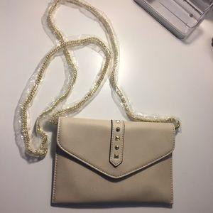 Danielle Nicole Handbags - Danielle Nicole small purse