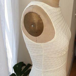 Closet Dresses - Off White Flounce Dress Size 6 Medium