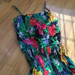 Dresses - Vintage Floral Dress Size 4