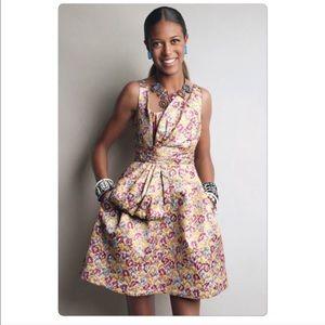 Zac Posen Dresses & Skirts - Stunning gold colored dress in Juniors size 9