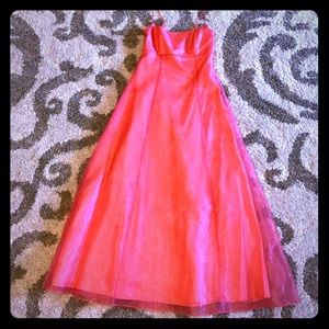 Blondie Nites Dresses & Skirts - EUC Prom Gown