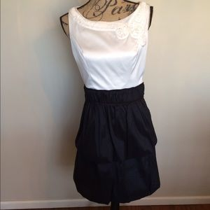 Beautiful dress w/sheer inset in back/tier skirt