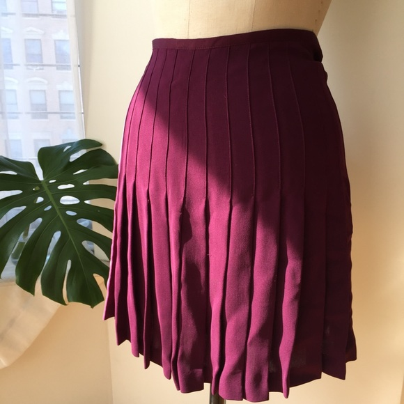 Nicole Miller Skirts - Nicole Miller Purple Pleated Skirt Size 8