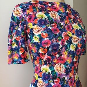 Zara Dresses - Zara Floral Dress Size Medium
