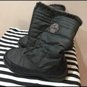 Totes Shoes - Big girl snow boots