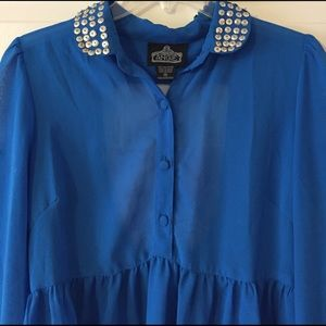 *NWOT* Blue Sheer Collared Tunic w/ Sequins (M)