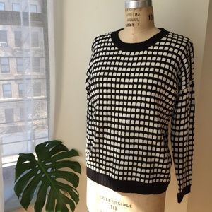 Forever 21 Checkered Sweater Size Medium