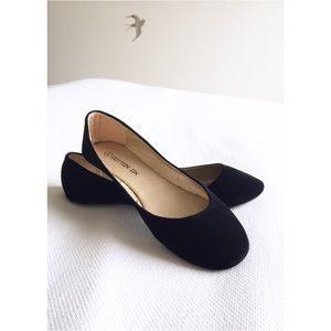 Black Velvet Flats