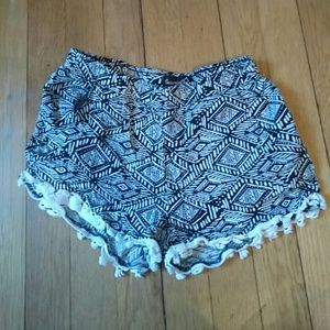 Imperial Star Other - Cute shorts with crochet trim
