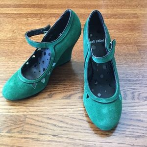 Not Rated Shoes - NWOT Green Suede Mary Jane Wedges