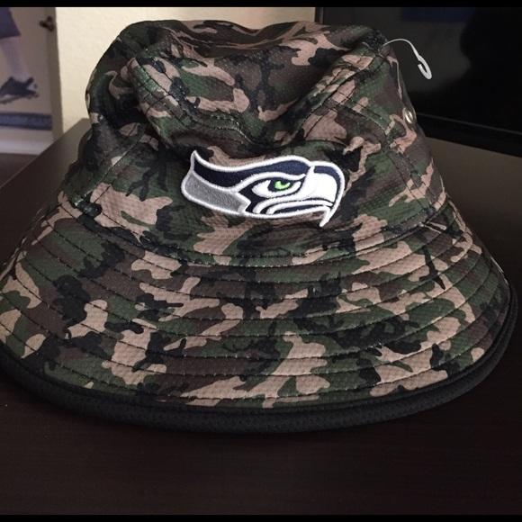 6fec8d50b709d New Era Seattle Seahawks camo bucket hat🏈