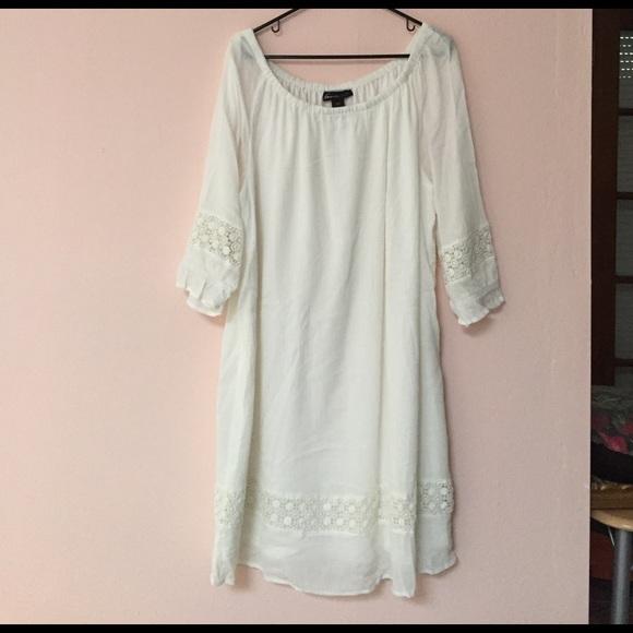 Plus Size: Lane Bryant white cotton country dress.