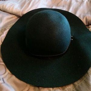 Forest green sun hat