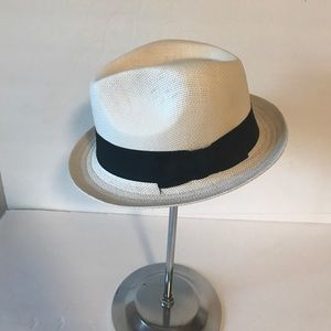 Milani Accessories - Milani Fedora style hat! White with black bow