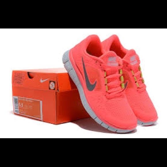 quality design 15b7a b2929 Neon pink Nike Free Runs