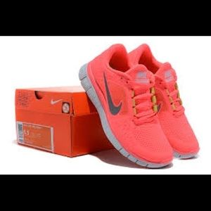Nike Free Run Fluorescent Pink