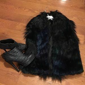 Blank NYC Tops - Black faux fur vest- NWOT