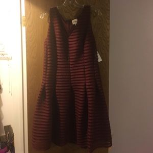 Ashley Graham Dresses & Skirts - Size 16 Ashley Graham maroon dress