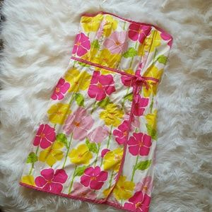 Lilly Pulitzer Dresses & Skirts - Lilly Pulitzer strapless floral dress