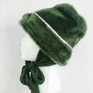 Green Vintage Tie Under The Chin Hat