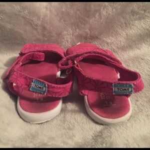 TOMS Other - Toms Kids Sandals