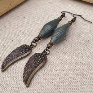 stillrain Jewelry - 🌿Green wings paper bead dangle boho earrings 🌿