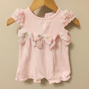 Nordstrom Baby Other - Newborn pretty pink romper