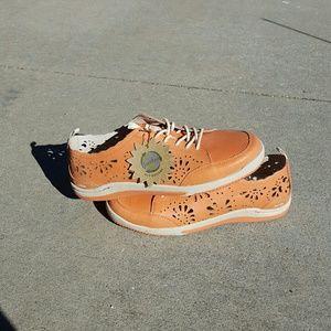 Jambu Shoes - Nwt Orange Jambu  Biodegradable shoes