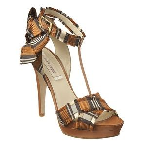 Sophie Theallet Shoes - Ladies Sophie Theallet sandal.