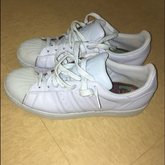 info pour c6337 0a293 Adidas Superstar Pharrell Williams limited edition