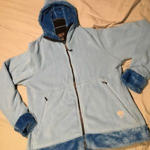 Mountain Hard Wear Jackets & Blazers - ♥️Mountain Hard Wear Jacket $5 in bundle