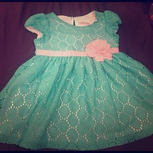 Youngland Other - Adorable turquoise Easter dress