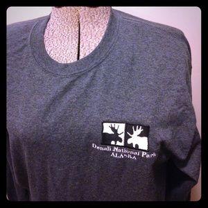 Gildan Tops - Unisex L,  shirt from Denali National Park Alaska
