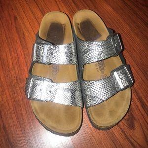 Birkenstock Shoes - Snake 🐍 skin pattern soft bed Birkenstock sandals