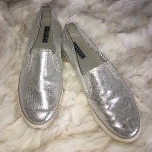 Sperry Top-Sider Shoes - ✨SPERRY Top-Sider Silver Metallic Flats