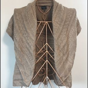 Cute Market & Spruce sweater shrug