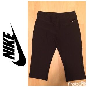 Nike Pants - LIKE NEW **NIKE** Dry Fit Workout Leggings Size M!
