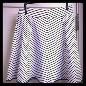 PIXLEY Dresses & Skirts - PIXLEY NWOT STITCH FIX STRIPED BW SKIRT