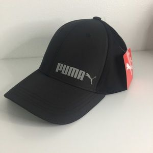 Puma Accessories - ⚡️Unisex Black Puma snap back hat (one size)