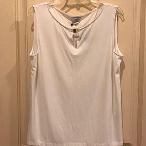 Tahari Tops - Tahari ladies blouse