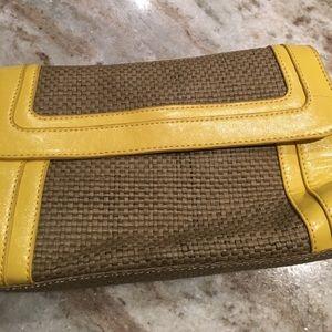Echo Handbags - Echo wristlet clutch