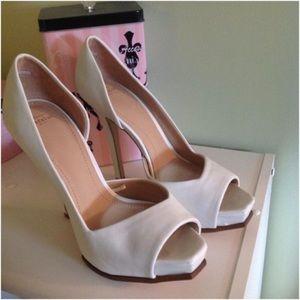 Zara Matte White Peep Toes Platform Stilettos
