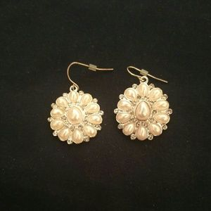 Pearled flower earrings