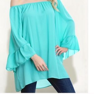 Tops - ✨HP✨Tiffany Blue👗Off-the-shoulder Bell sleeve top