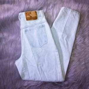 VTG high waisted denim mom jeans M w30