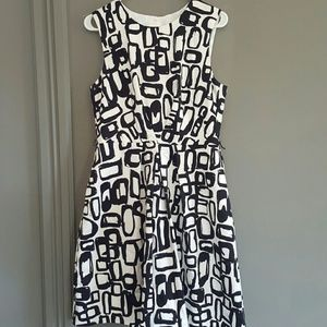 Trina Turk Dresses & Skirts - Trina Turk Black and White Bell Dress Size 10