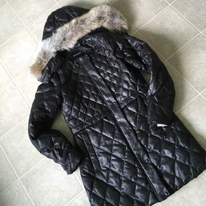 Andrew Marc Jackets & Blazers - NEW Andrew Marc down fur black quilted coat med M