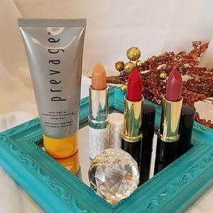 Elizabeth Arden Other - Elizabeth Arden lipstick bundle
