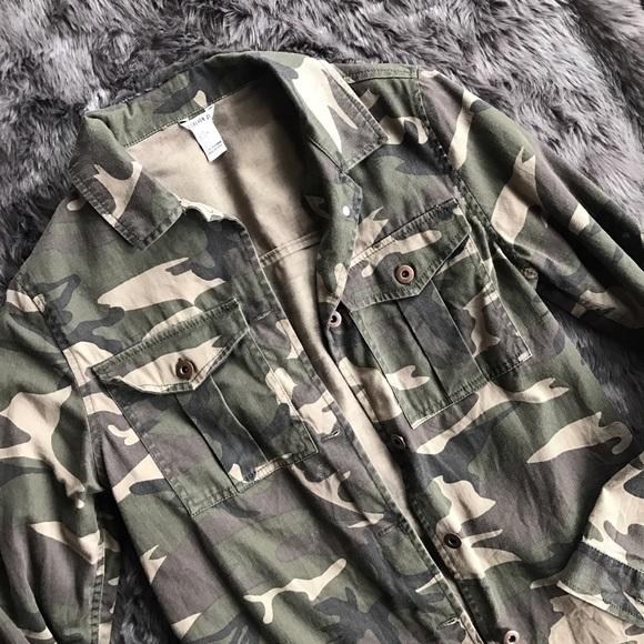 Forever 21 Jackets & Coats - Camo Jacket