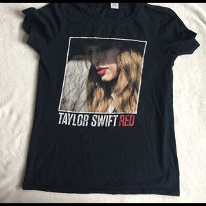 taylor swift RED tour shirt size S